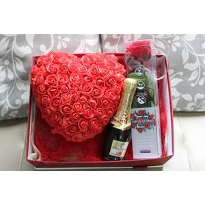 Box con cuore spumantino e rosa eterna