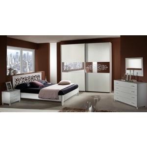 Camera con letto contenitore