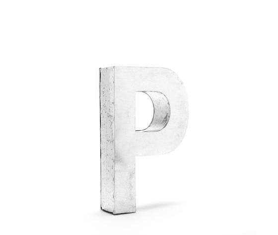 Seletti objects metalvetica alphabet hanging typefaces 01410 p 4