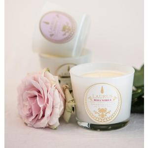 "Candela Vegana con Cera di Soia Fragranza ""Rosa Nobile"", Marca Laurus Luxury Fragrances"