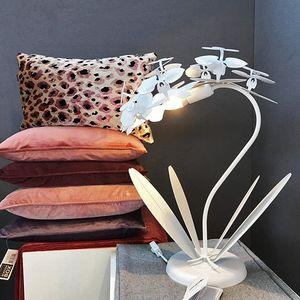 Lampada da Tavolo Abat Jour In Ferro Orchidea Piccola  Marca Arti e Mestieri