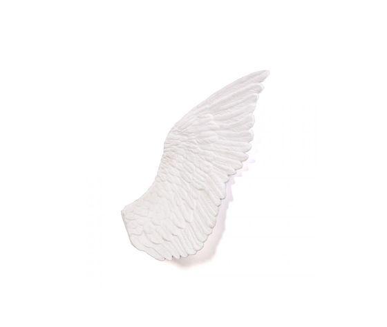 Seletti marcantonio objects memorabilia mvsevm wing left 10085 2z6a8473 left