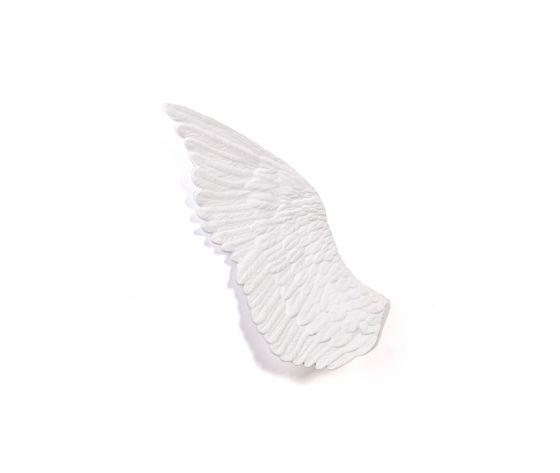 Seletti marcantonio objects memorabilia mvsevm wing right 10084 2z6a8475 right