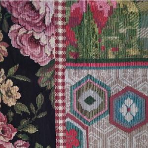 Particolare Tappeto con Rose Rosse Symmer Palette Miho