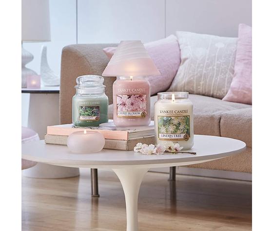 Ya1542838e    cherry blossom rosa yankee candela metoo design