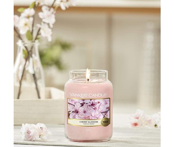 Ya1542837e    cherryblossom yankee candele