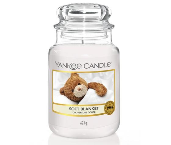 Ya1173563e    yankee candles soft blanket giara grande