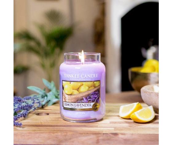 Ya1073482e    lemon lavender metoo design yankee