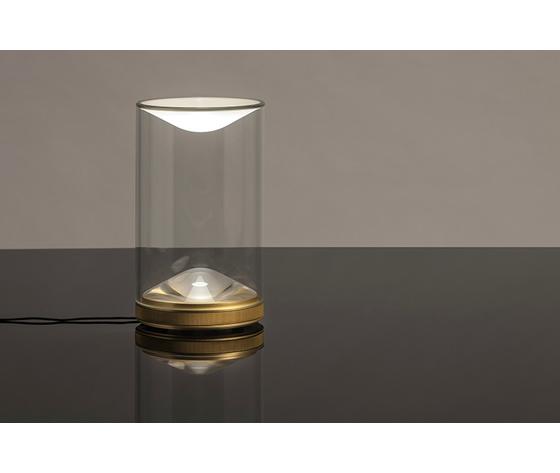 Foster and partners eva light lumina aram gallery exhibition designboom 03