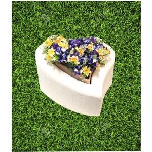 Tomba per animali - Cuore con fioriera