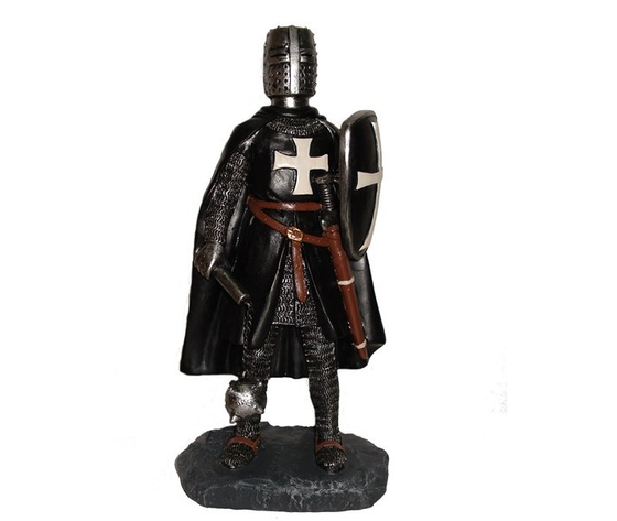 Templare nero e mazza