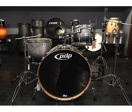 Batteria PDP by DW CONCEPT MAPLE SILVER TO BLACK SPARKLE FADE