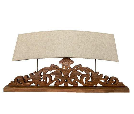LAMPADA DA TAVOLO SHABBY CON PARALUME 3 LUCI h50x100x20 cm