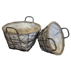 Set di due cesti in ferro intrecciati con manici e interno in tessuto ideali sia per l'interno che per l'esterno - altezza cm 25