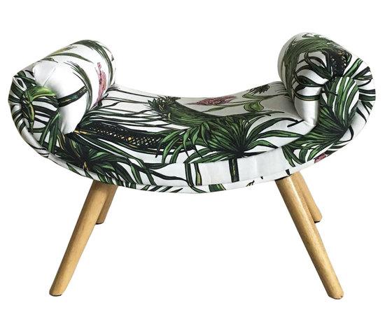 Panchetta rivestita in tessuto e legno  tropicale LINEA JUNGLE - 67x40x50h cm
