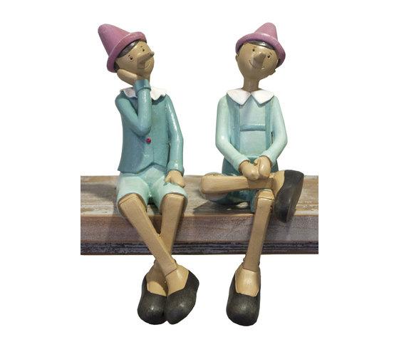 Coppia pinocchi azzurri seduti