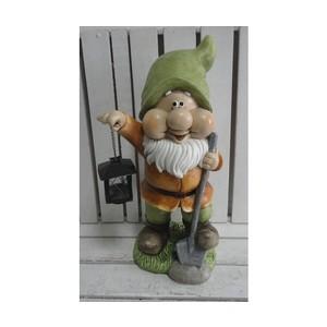Gnomo da giardino con lanterna cappello verde