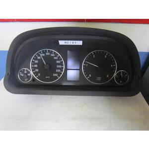 Quadro Strumenti / Contachilometri Bosch 1031098101 1 031 098 101 MERCEDES BENZ CLASSE A 2004/2012 W169