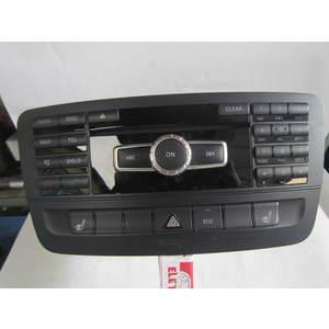 Autoradio Mercedes Benz A2469005807 A 246 900 58 07 ZG8001 MERCEDES BENZ CLASSE B