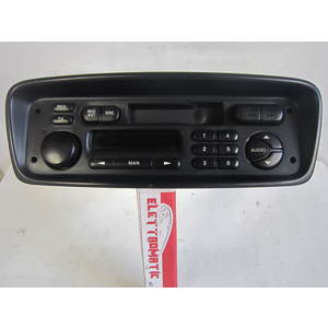 Autoradio PHILIPS 964152308001 96 415 230 8001 22RC200/65S 22RC20065S CITROEN / PEUGEOT 206