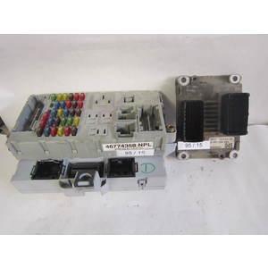 Kit Motore Bosch 0261204983 0 261 204 983 1037352994 447826310 46774358 NPL 46774358NPL ALFA ROMEO / FIAT / LANCIA PUNTO 1.2 16V
