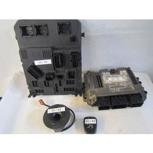 Kit Motore Bosch 0281010390 0 281 010 390 96 471 581 80 9647158180 S118085220 A S118085220A 9649627880 9641551180 CITROEN / PEUGEOT 206 1.4 HDI