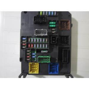 Scatola Fusibili Continental S180204004B S180204004 B 9806687980 01 980668798001 BSI-Q04-01 BSIQ0401 CITROEN / PEUGEOT DS 5
