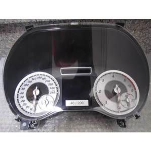 Quadro Strumenti / Contachilometri Bosch 1030052150 1030 052 150 MERCEDES BENZ CLASSE B