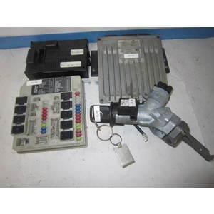Kit Motore NISSAN DDCR 80997A R0410C074A 8200308217 HOM8200275921 BCM L2N 284B2AX600 28590AX600 N0501653 NISSAN MICRA
