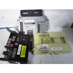 95-119 Kit Motore Kefico 39017-04044 9001160035KE 39017040449001160035KE LATA-FE60FS01500 KME1.9.3 LATAFE60FS01500KME193 91950-1Y314 91950-1Y555 T05 KIA Benzina PICANTO