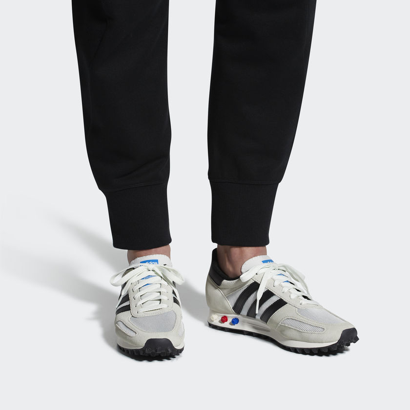 timeless design 4ef96 79323 Adidas LA TRAINER OG Grigio Art. BY9322. By9322 01 standard · By9322 04  standard · By9322 02 hover frv