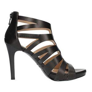 Sandalo NeroGiardini in Nappa con listini a gabbia Tacco a stiletto 10 cme plateau di 2 cm Zip posteriore art. P908500DE 100