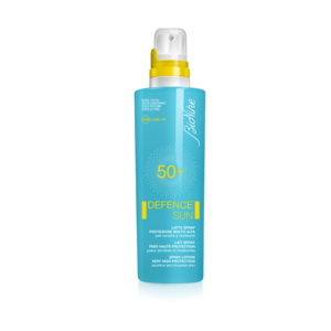 Defence sun 50+ latte spray flacone 200 ml