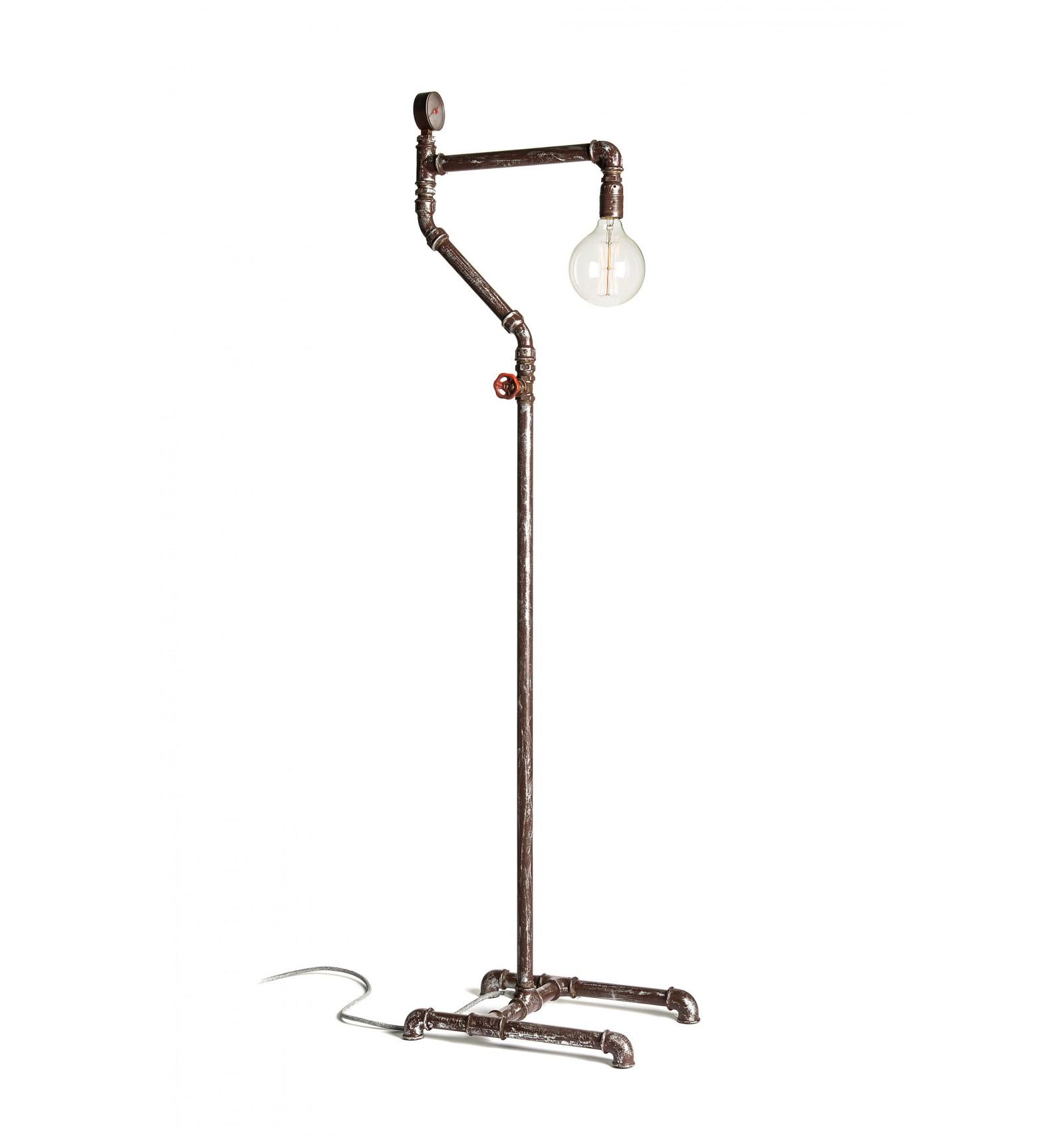 Lampada Vintage Da Terra Con Tubi Idraulici In Ghisa Effetto Arrugginito