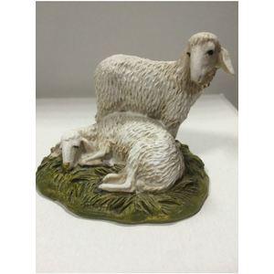 Pecore in resina dipinte a mano.