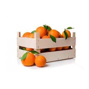 Cassetta 10kg arance, 5L olio Evo, 0,1L olio Evo Aroma Arancia, 0,1L olio Evo Aroma Limone, 0,1 olio Evo Aroma Mandarino