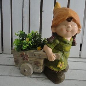 Gnomo decorativo da giardino bambina porta piante con cappello