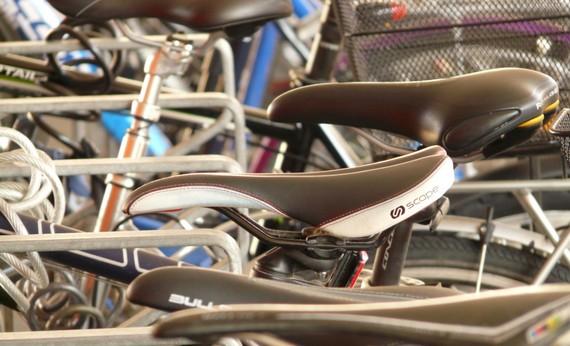 Saddle bicycle saddle wheel bike drive traffic mountain bike close 1156623