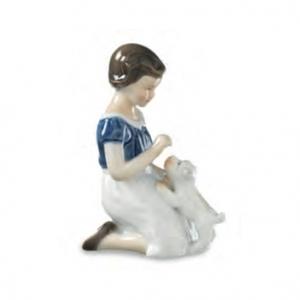 Royal Copenhagen Statuina Bimba con cucciolo