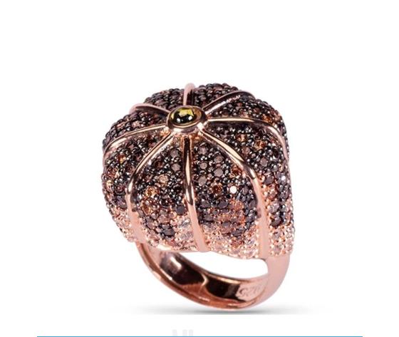 Azhar anello 'La papessa'