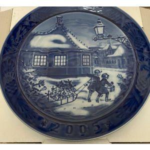 "Royal Copenhagen ""Christmas Plate"" 2005"