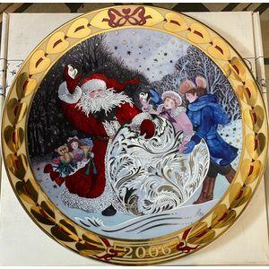 "Royal Copenhagen Hearts of Christmas ""Hearts of Snow"" Plate 2006"