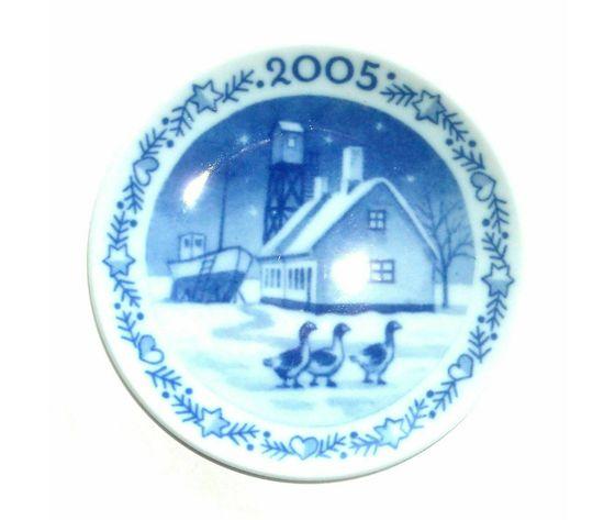 Royal Copenhagen Christmas Plaquette 2005
