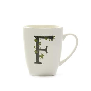 Mug lettera 'F' atupertu