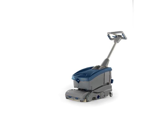 Lavasciuga per pavimenti con operatore a terra