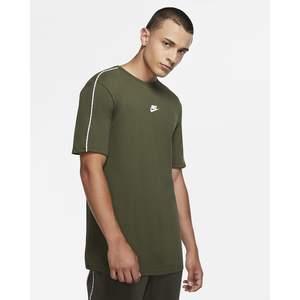 Tshirt Nike Verdone Repeat Pack Maniche corte art. CZ7825 325