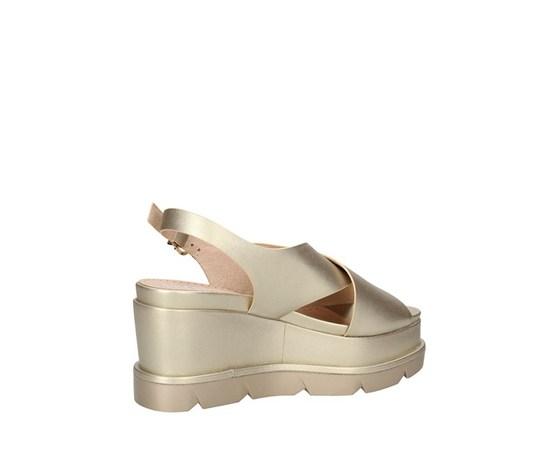 Sandalo con zeppone platino fascia ad incrocio con cinturino luciano barachini art. ee102p 2