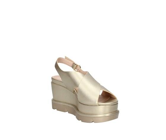 Sandalo con zeppone platino fascia ad incrocio con cinturino luciano barachini art. ee102p 4
