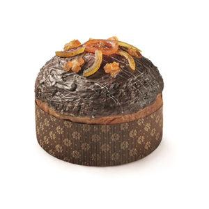 Delicato panettone a lievitazione naturale (36 ore) al profumo d'arancia e rhum, arricchito con cioccolato fondente e crema all'arancia. Decorato con cioccolato fondente ed arancia.   Tutti i prodotti di Petrosino Dessert sono interamente artigianali e vengono  confezionati freschi.