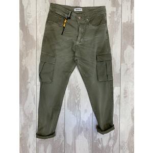 pantalone cargo tasconi